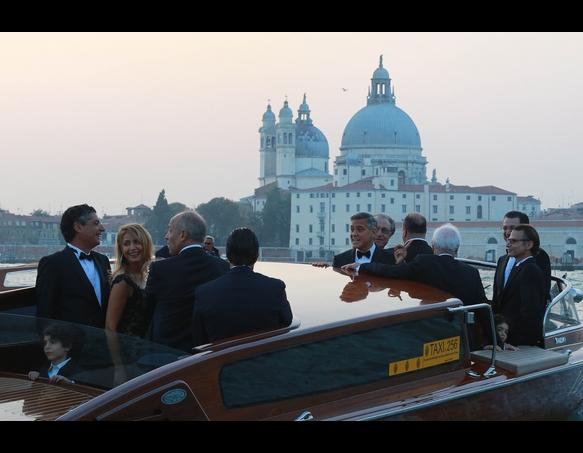 Clooney wedding4