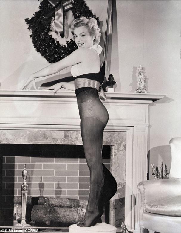 Christmas Marilyn Monroe 607