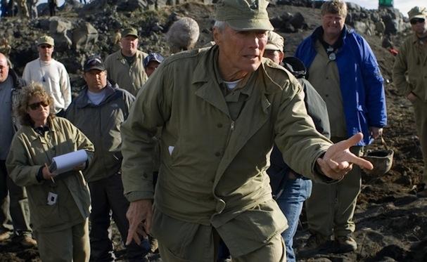 Clint Eastwood on set American Sniper 607