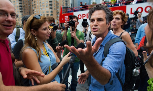 mark ruffalo demonstration 607 1