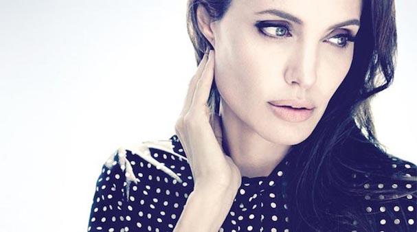 Angelina Jolie 607