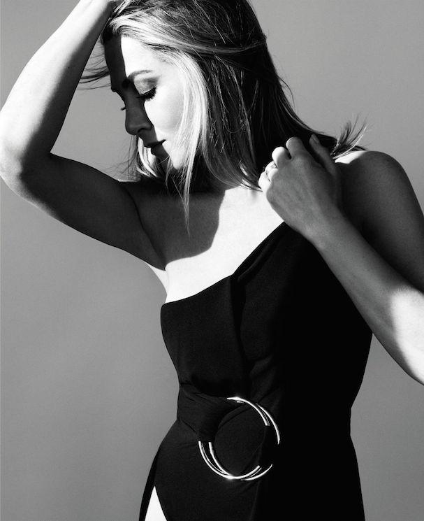 Jennifer Aniston 607