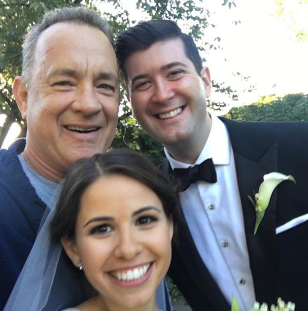 Tom Hanks photobombs wedding 607 1