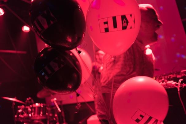 Flix Party 607