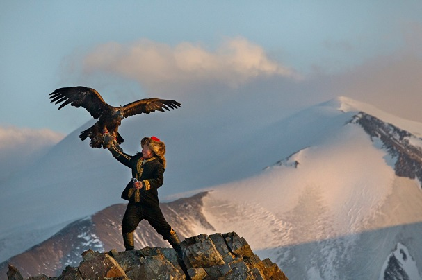 The Eagle Huntress 607