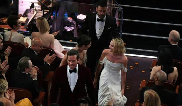 Oscars 2018 thanking the audience 607