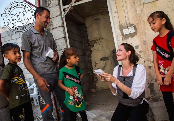 Angelina Jolie Mosul 607