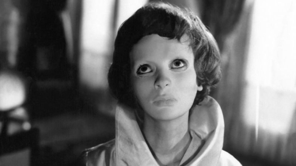 eyes without a face 607