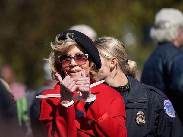Jane Fonda arrested 607