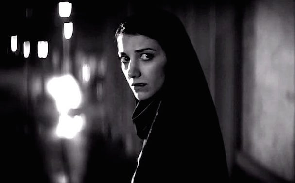 girl walks home alone 607