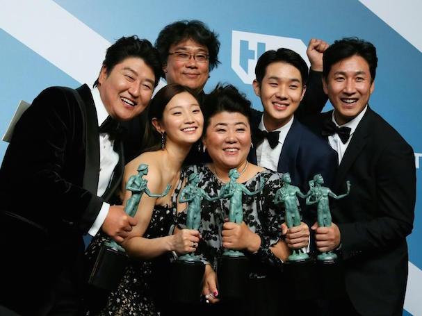 Parasite Movie win 607