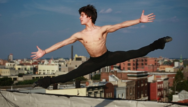 cb52c19ab2b To «First Position» της Μπες Κάργκμαν αφηγείται τις ιστορίες έξι νεαρών  χορευτών που προετοιμάζονται για το Youth America Grand Prix στη νέα Υόρκη,  ...