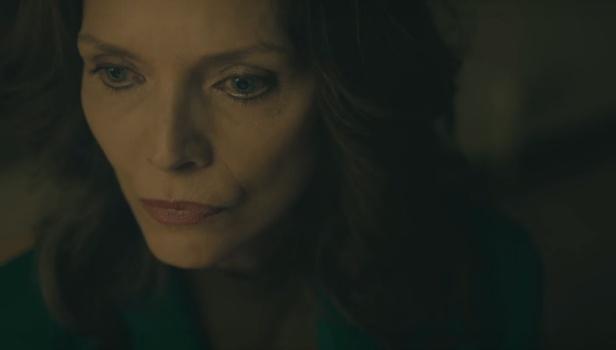 Η Μισέλ Φάιφερ αναζητά τον εαυτό της στο τρέιλερ του «Where Is Kyra?»